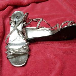 Touch of Nina silver glitter sandal size 8